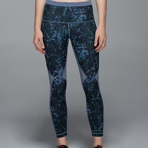 Lululemon Running in the City 7/8 Tight Floral 6